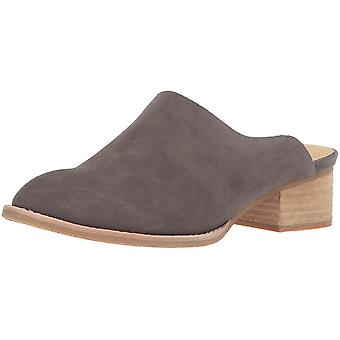 Sbicca Womens Salem Leather Pointed Toe Mules