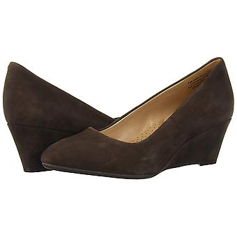 Aerosoles Womens Inner Circle Leather Closed Toe Wedge Pumps