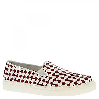 ليوناردو أحذية النساء & أبوس؛ق اليدوية laceless زلة على الأحذية الحمراء البيضاء المنسوجة الجلود