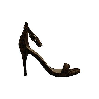 Material Girl Women's Shoes Blaire5 Open Toe Casual Ankle Strap Sandals