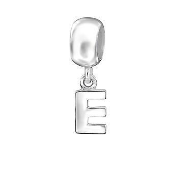 E inicial - cuentas de llanura de plata esterlina 925 - W12063X