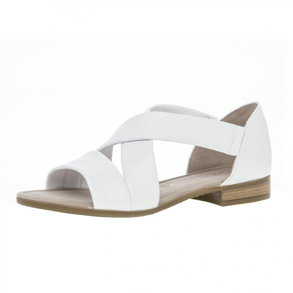 Gabor Sweetly Modern Closed Heel Wide Fit Sandals In White GPlJ2