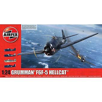 Grumman F6F-5 Hellcat plast modellflygplan kit