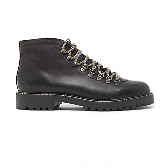 Mens sean low hiking boots in brown leather