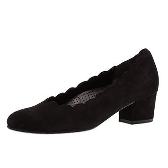 غابور جيجي الحديثة أحذية المحكمة الكعب المنخفض في جلد الغزال الأسود