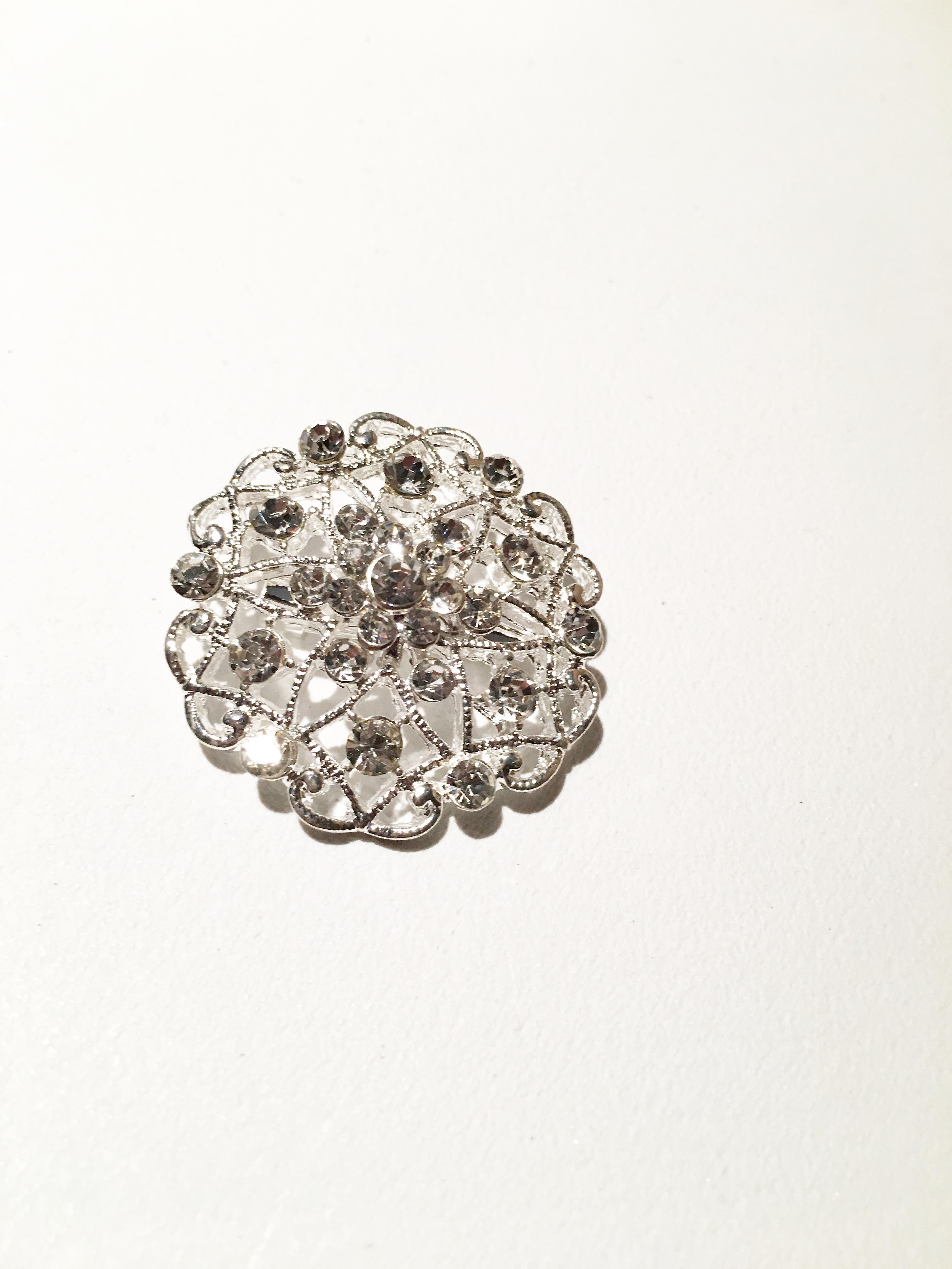Fashionable Silver Diamonte Brooch