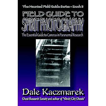 Field Guide henki valokuvaus Kaczmarek & Dale D.