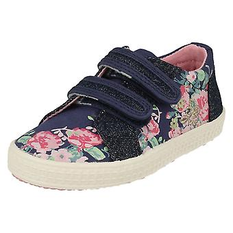 Girls Startrite Casual Canvas Shoes Edith 2