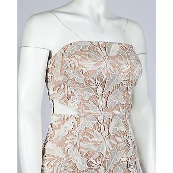 En elegant intrikata rem klänning kolumn klänning
