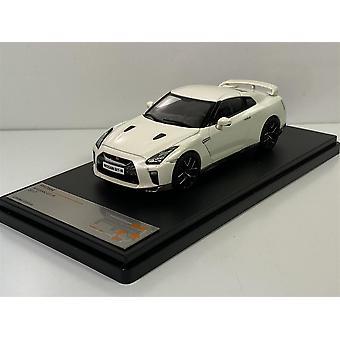 Nissan GT-R 2017 White 1:43 Scale Pr X IXO PRD584