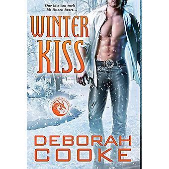 Winter Kiss - A Dragonfire Novel by Deborah Cooke - 9781988479743 Book