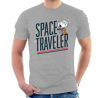 Peanuts Snoopy Space Traveler Men's T-Shirt