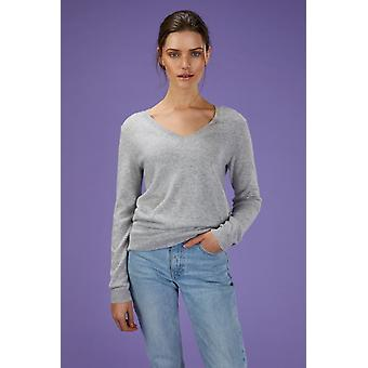Loop Cashmere V Neck Sweater In Foggy