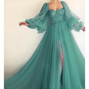 فستان طويل الأكمام منتفخ