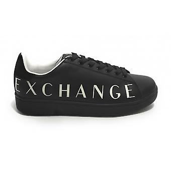 Men's Armani Exchange Sneakers In Black Leather With Logo U21ax04