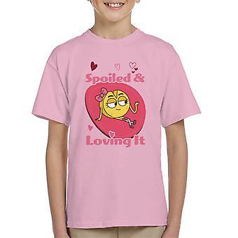 Pojke flicka hund katt musost bortskämd och kärleksfull det kid t-shirt