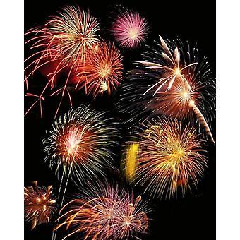 Vuurwerk display. Grote ingelijste foto. Vuurwerk display. Samengesteld beeld van vuurwerk exploderend..