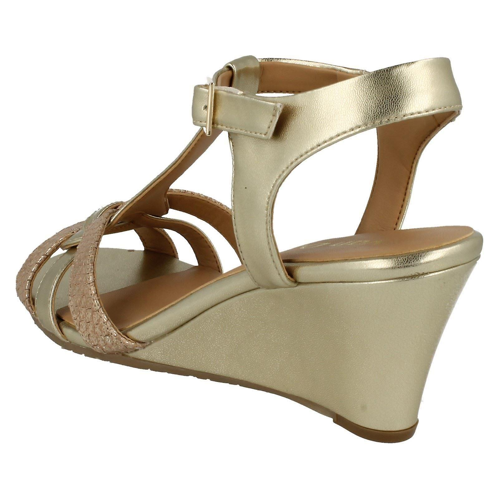 Ladies Van Dal T Bar Wedge Sandals Temple