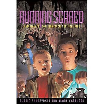 Running Scared: Mysteeri Karlovy luoliin National Park (mysteereistä meidän kansallispuistojen)