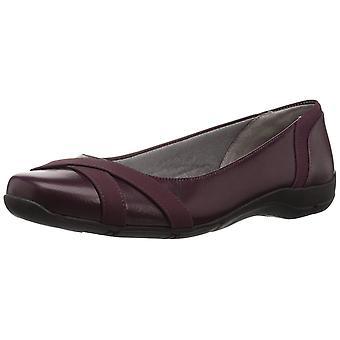 LifeStride Womens Dari Leather Closed Toe Slide Flats