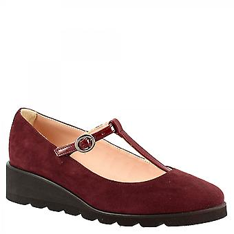 Leonardo Shoes Women's handmade wedges pumps shoes in brugundy suede leather with buckle closure