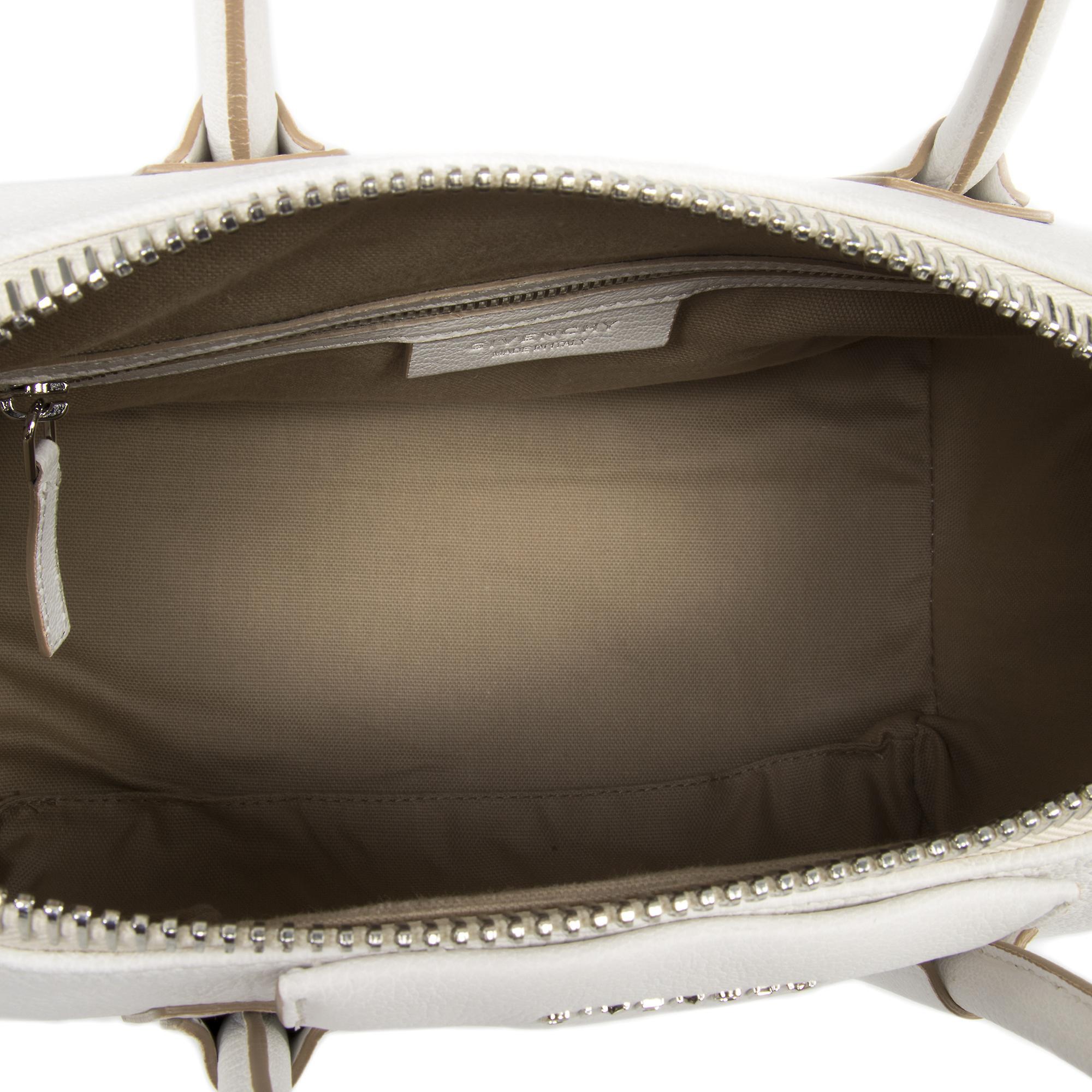 Givenchy Antigona sukker geiteskinn skinn Satchel Bag | Hvit & sølv Hardware | Liten