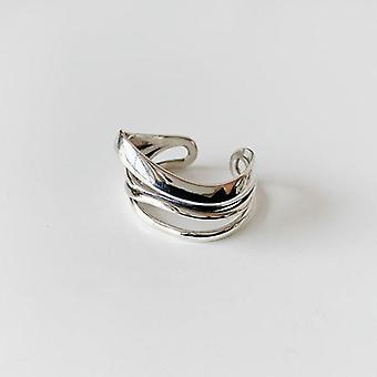 Sterlinge Cross  Finger Ring