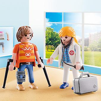 Playmobil city life doctor and patient duo pack