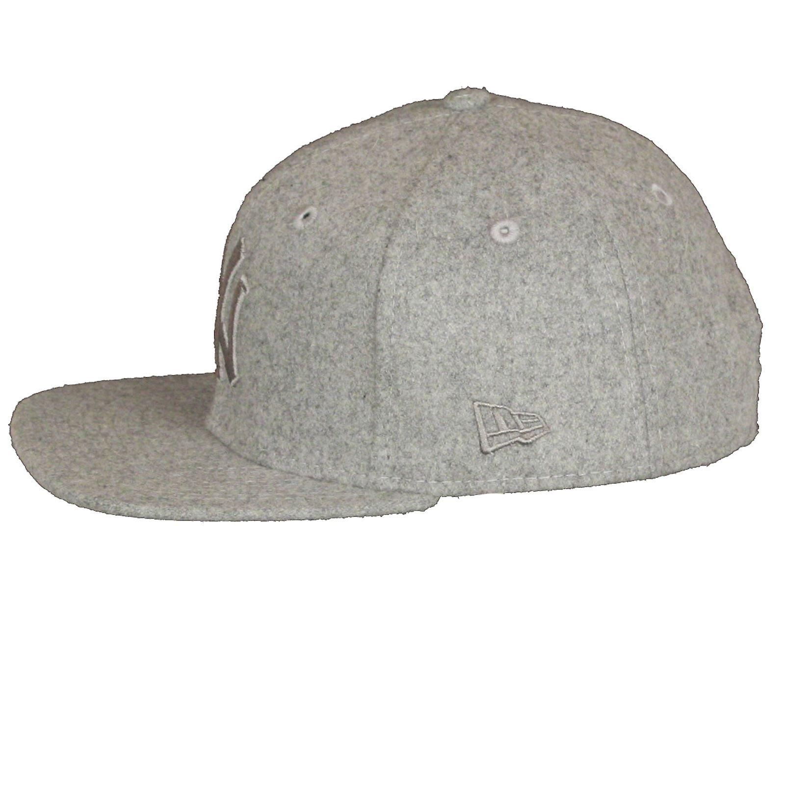 New Era and MLB Melton Tonal 9Fifty Flatbill Cap ~ New York Yankees