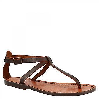Leonardo Scarpe Donna's sandali piatti t-strap fatti a mano in pelle di vitello marrone scuro con fibbia