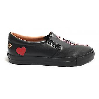 Zapatos Mujer Slipon Amor Moschino Ecopelle Nappa Col. Negro con corazones/ Pupa D18mo27