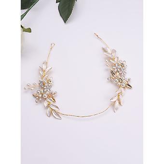 Ouro de noiva deixa bandana de flores