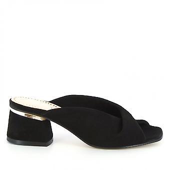 Leonardo Shoes Women's handmade heels mules sandals in black suede leather