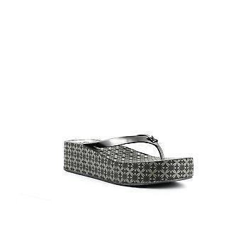 BCBGeneration | Giselle Flip-Flop Sandals