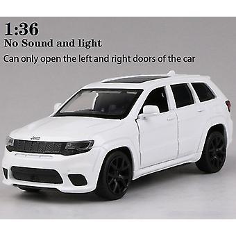 1: 32 سيارة سبيكة جيب-srt غراند شيروكي سيارة كلاسيكية توجيه صوت امتصاص الصدمات وسيارة لعبة خفيفة