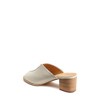 Bill Blass Womens Mae Sheep Skin Peep Toe Casual Mule Sandals