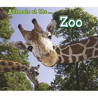 الحيوانات في حديقة الحيوان سيان سميث-كتاب 9781406280500