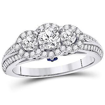 1.10 Carat (ctw SI3-I1, G-H) Three Stone Diamond Engagement Ring in 14K White Gold