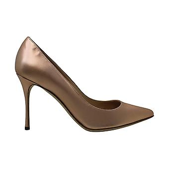 Sergio Rossi Womens Sergio Leather Closed Toe Classic Pumps