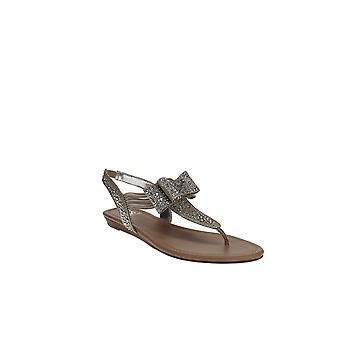 Material Girl   Shayleen Flat Thong Sandals