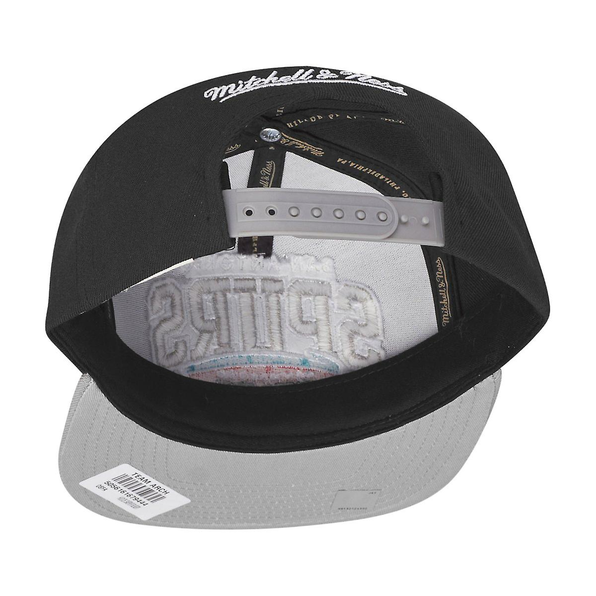 Mitchell /& Ness Snapback San Antonio Spurs Team Arch HWC black//grey
