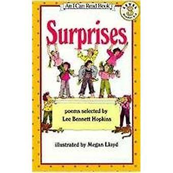 Surprises by Lee Bennett Hopkins - 9780812456738 Book