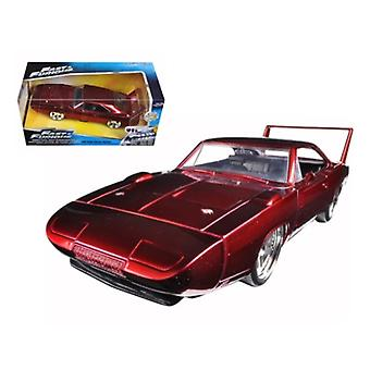 1969 Dodge Charger Daytona Red á Rápido y Furioso 7 Película 1/24 Diecast Model Car Por Jada