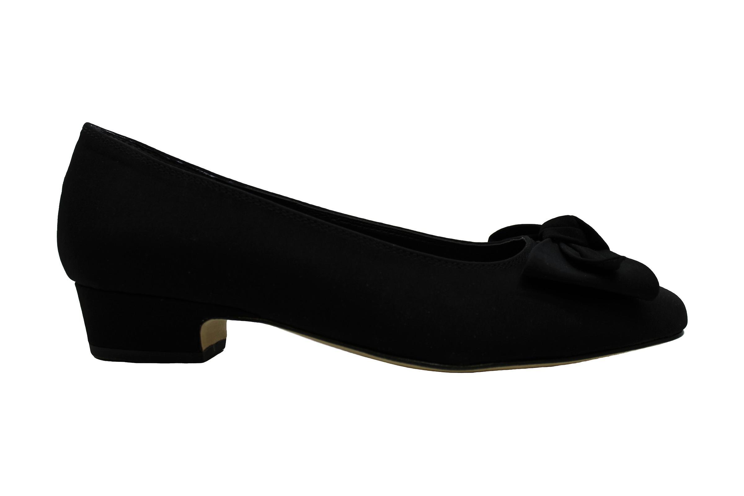 Rose Petals Dani Women's Pump 6.5 B(M) US Black