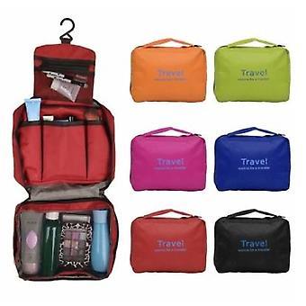 حقيبة المرحاض هي حقيبة مكياج قابلة للشماعات