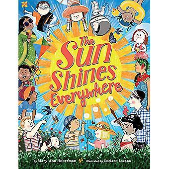 The Sun Shines Everywhere by Mary Ann Hoberman - 9780316523844 Book