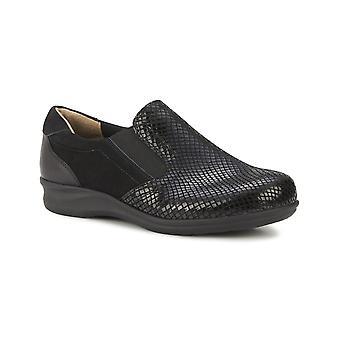 Walking Cradles Cormick Black Patent Snake/Nubuck/Leather 7.5 W (D)