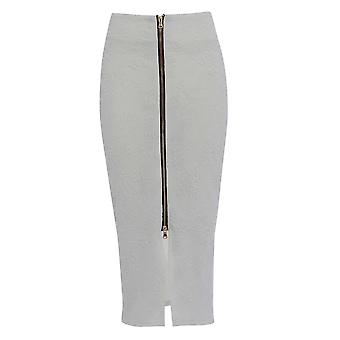 Get THE look Embossed Front Zip Pencil Skirt