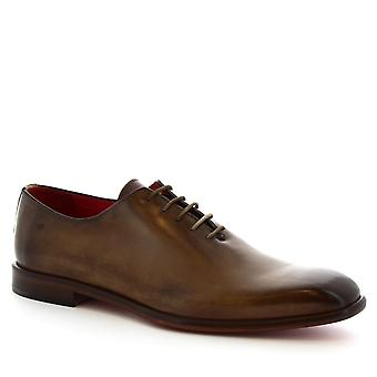 Wholecuts pieds carrés à la main de Leonardo chaussures en veau beige