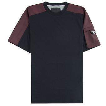 Prada Metall Abzeichen Jersey T-shirt schwarz